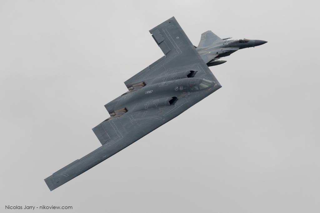 "B-2A ""Spirit of Pennsylvania"" + F-15C Eagle - US Air Force - Arm"